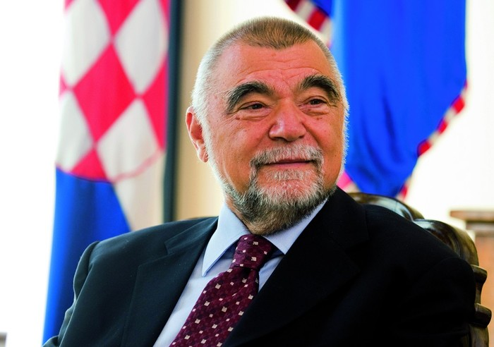 http://hrvatskifokus-2021.ga/wp-content/uploads/2015/08/stipe-mesic.jpg
