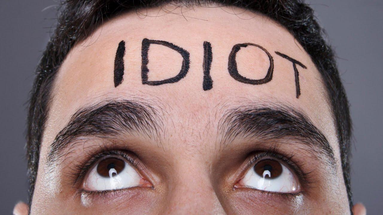 znakovi da se družite s idiotom